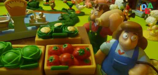 Disegno di mucca della fattoria a colori per bambini